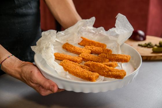 Fish fingers cu mazare si sos tartar