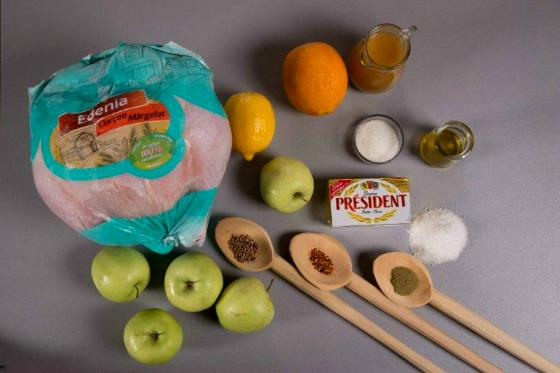 Curcan cu sos de mere coapte