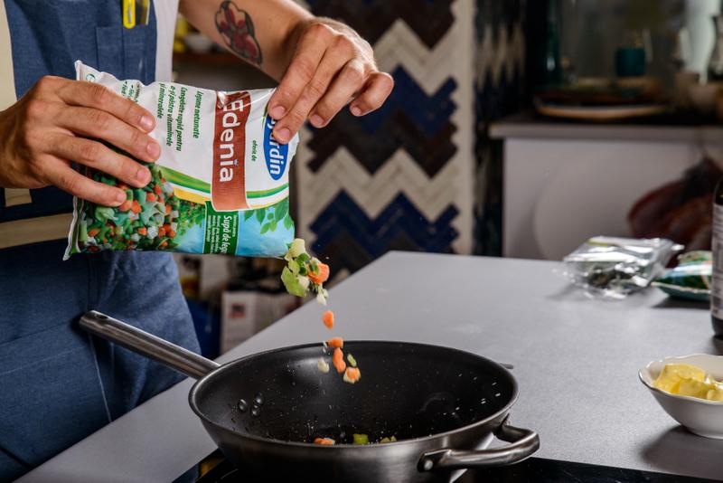 Supa crema de vinete cu rosiile coapte si crutoane cu emmental (1)