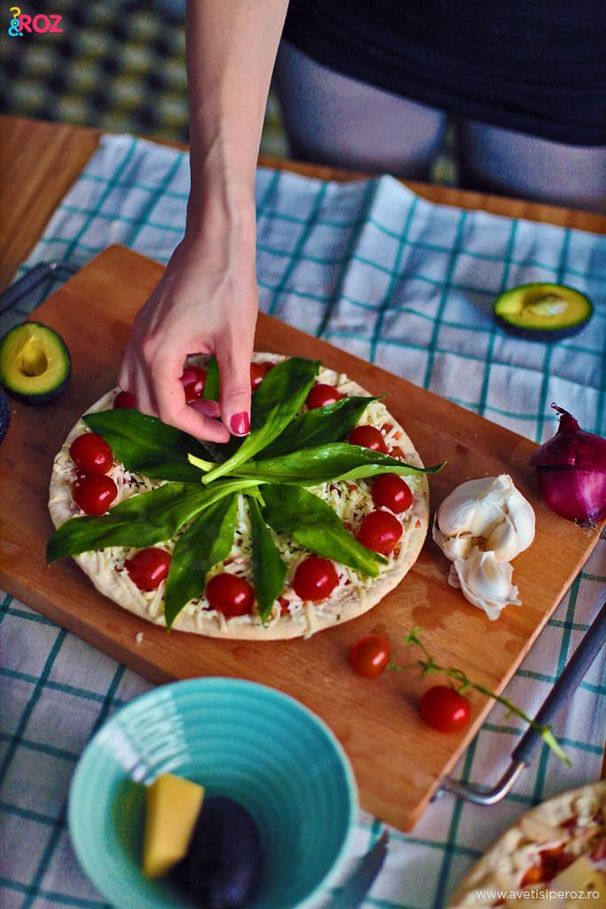 Pizza QF cu leurda si avocado (4)